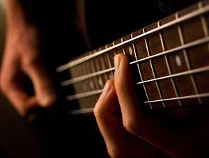 Bass guitar by Feliciano Guimarães